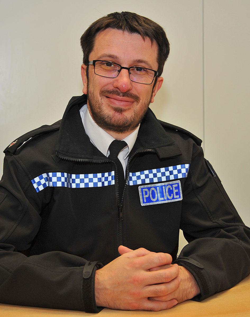Tackling the gang problem in the uk criminology essay